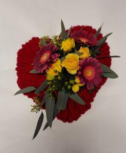 srdce s minigerberami a růžemi doručení  květin Olomouc a okolé