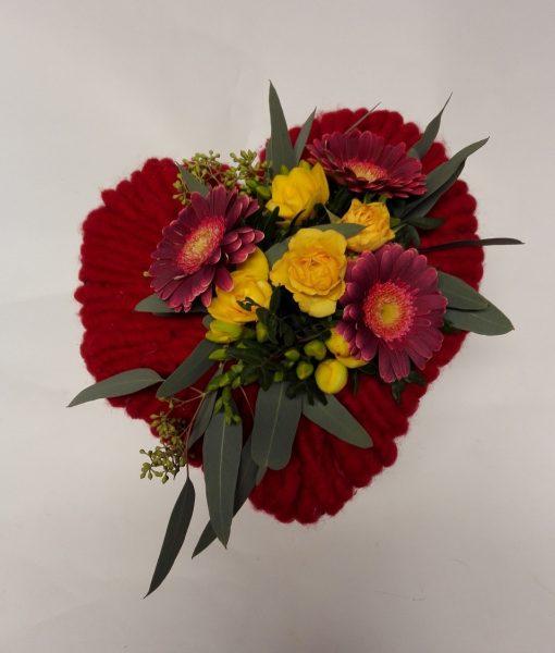 srdce s minigerberami a růžemi rozvoz květin Olomouc
