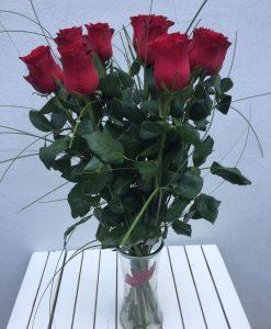 rudé růže - rozvoz květin Olomouc