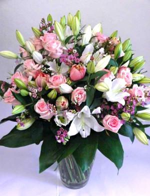 Kytice z lilií