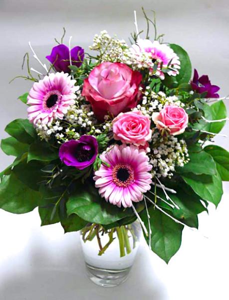 Kytička velkokvětá růže, 2 minirůže,3 minigerbery, 3 anemonky – rozvoz květin Olomouc